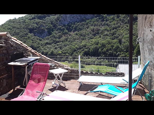 https://www.lescitounelles.fr/wp-content/uploads/2017/07/terrasse-location-gite-les-citounelles-aude.jpg
